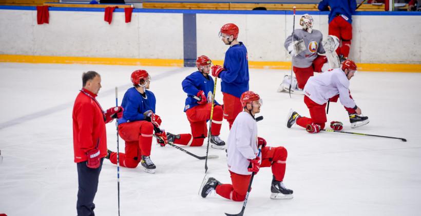 Хоккеисты сборной Беларуси определились с номерами на чемпионате мира