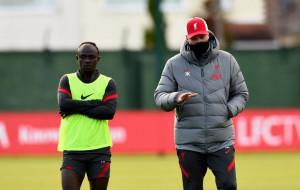 Садио Мане не стал жать руку Юргену Клоппу после матча с Манчестер Юнайтед