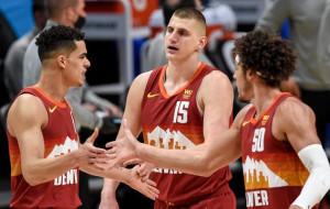 Денвер вышел в третий раз подряд в плей-офф НБА