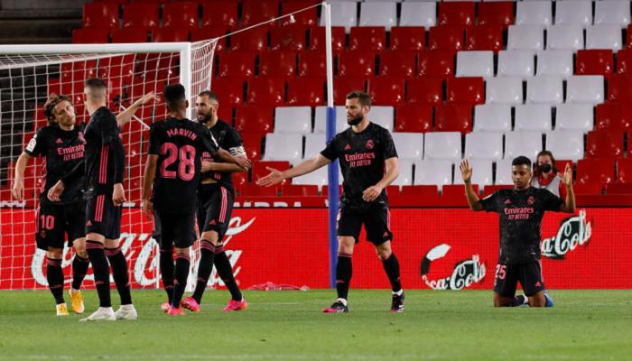 Реал не оставил шансов Гранаде и поднялся на второе место в таблице