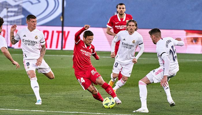 Реал спасся от поражения в матче с Севильей и потерял возможность стать лидером Ла Лиги