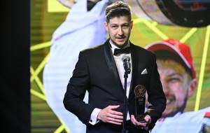 Сергей Большаков: «Зовут на просмотр в команды КХЛ. Но у меня есть договоренность с Юностью»
