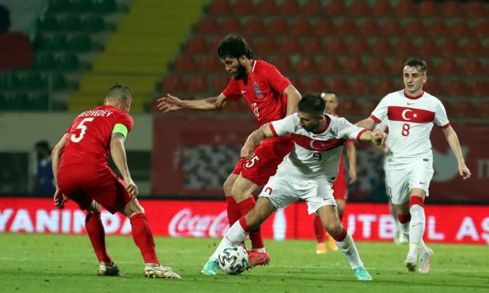 Гусейнов: Против сборной Беларуси, которая проповедуют атлетический тактический футбол, не так уж легко играть