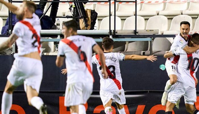 Райо Вальекано разгромил Леганес на пути за выход в Примеру