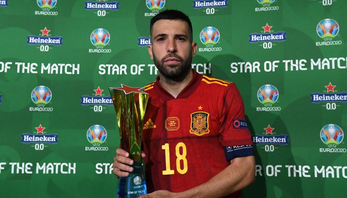 Жорди Альба — лучший игрок матча со сборной Польши