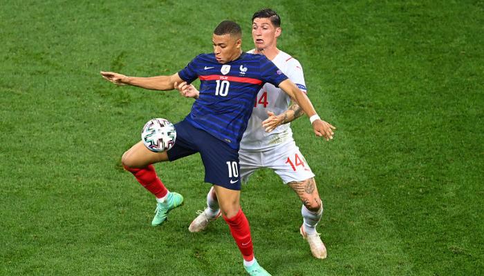 Швейцария в серии пенальти сенсационно переиграла Францию