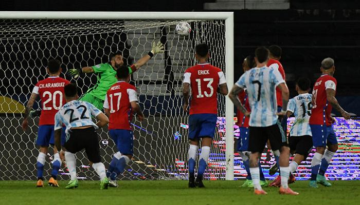 Аргентина упустила победу над Чили, Парагвай уверенно разобрался с Боливией на Копа Америка