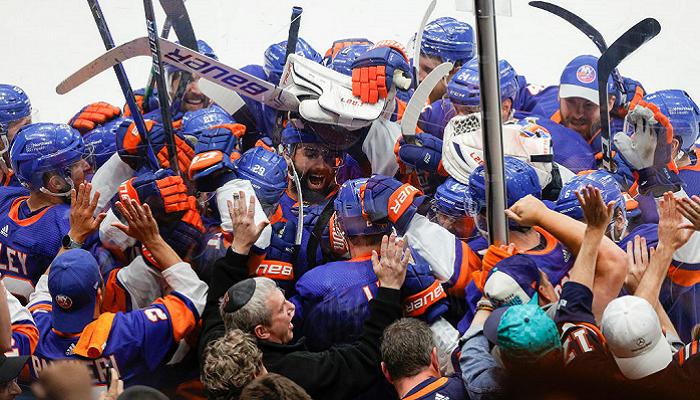 Нью-Йорк Айлендерс в овертайме на домашнем льду обыграл Тампу Бэй