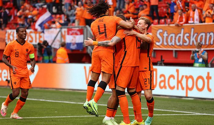 Нидерланды в товарищеском матче разгромили Грузию