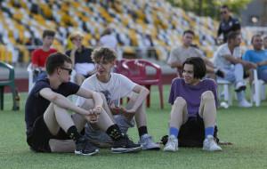 Атмосфера фан-зоны матча Фола — Шахтер в Солигорске (видео)