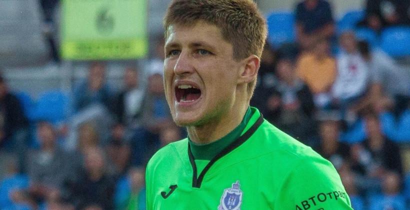 Голкипер Максим Высоцкий продолжит карьеру в Ислочи