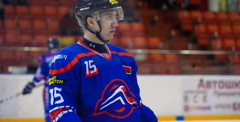 Шарипов и Лонунов подписали контракты с Химиком