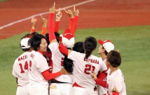 Сборная Японии стала победителем олимпийского турнира по софтболу