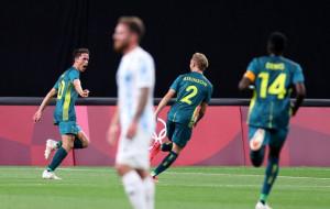 Cборная Австралии обыграла аргентинцев в первом туре олимпийского футбольного турнира