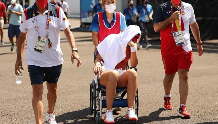 Испанская теннисистка Бадоса досрочно завершила матч 1/4 финала Олимпийскоготурнира