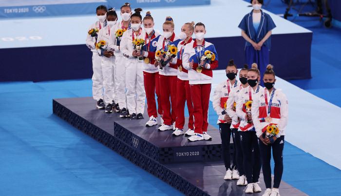 Сборная России по спортивной гимнастике стала первой на Олимпиаде в женском многоборье