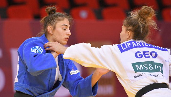 Нора Гьякова из Косова выиграла олимпийские соревнования по дзюдо