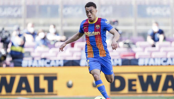Сержиньо Дест вернулся с травмой голеностопа в Барселону
