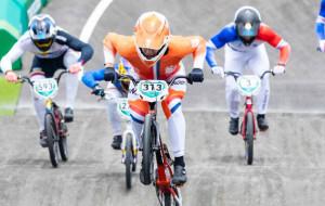 Разыграны комплекты медалей в BMX-гонке