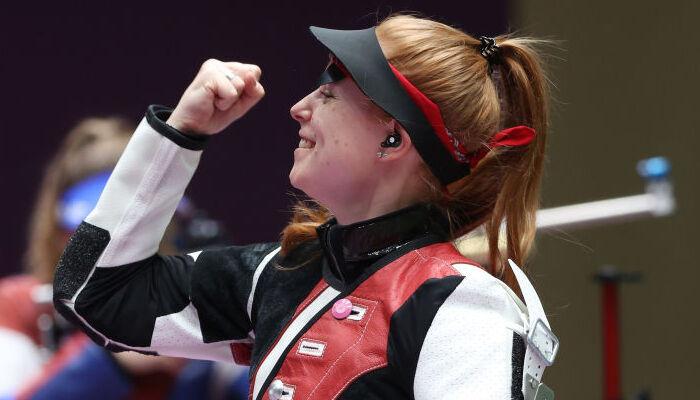 Нина Кристен завоевала золотую медаль Игр в стрельбе из винтовки