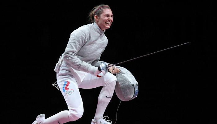 София Позднякова завоевала золото Игр в фехтовании на саблях