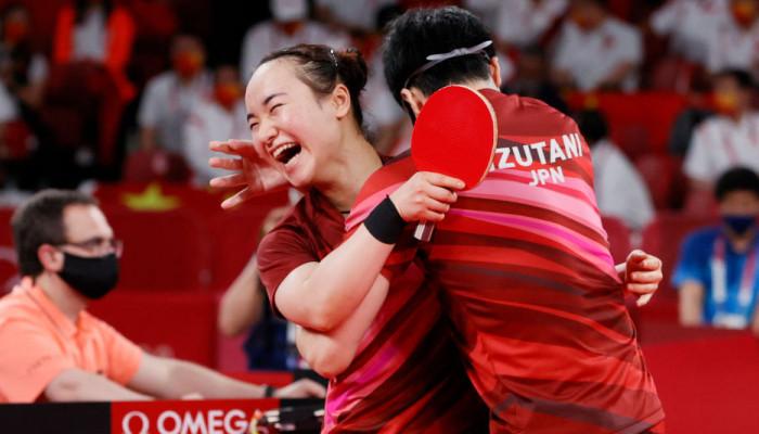Мима Ито и Дзюн Мидзутани выиграли золото в олимпийских соревнованиях по настольному теннису
