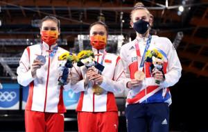 Чжу Сюэин выиграла олимпийское золото в прыжках на батуте