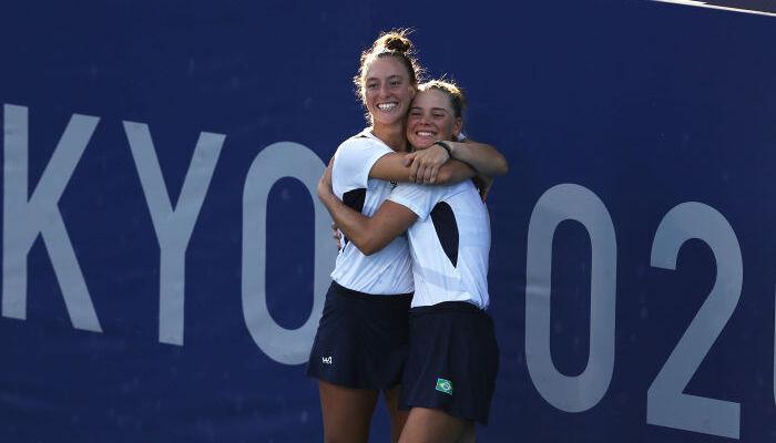 Бразильский дуэт Пигосси и Стефани выиграл бронзу олимпийского теннисного турнира в парном разряде