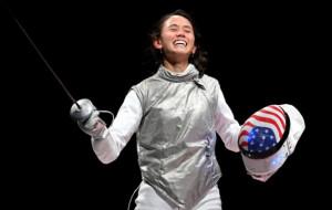 Ли Кифер стала олимпийской чемпионкой по фехтованию на рапирах