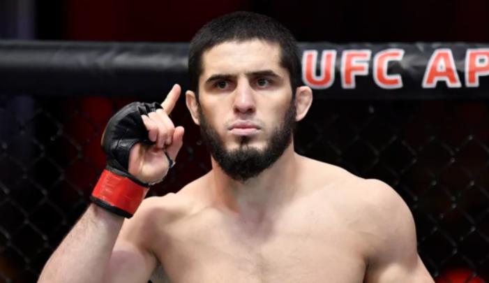Ислам Махачев справился с Тиаго Мойзесом на UFC on ESPN 26