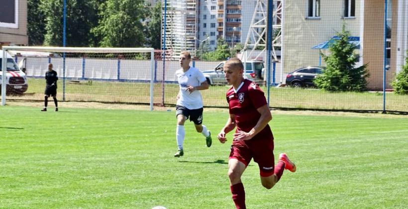 Защитник Ян Скибский и нападающий Захар Червяков отправились на просмотр в Зенит