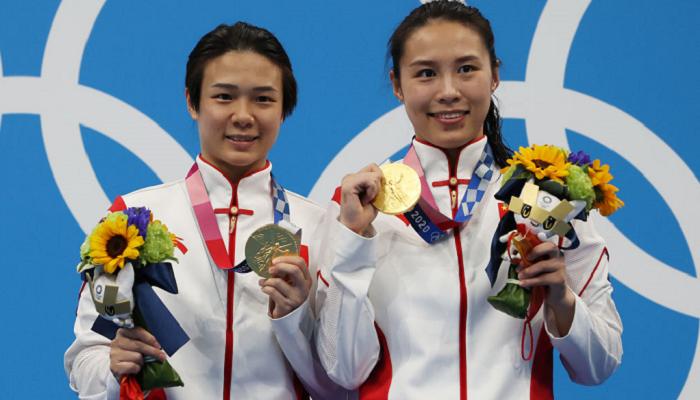 Ши Тинмао и Хань Вань завоевали золото в синхронных прыжках