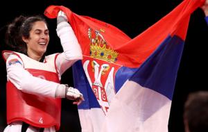 Милица Мандич выиграла золото на соревнованиях по тхэквондо в категории свыше 67 кг