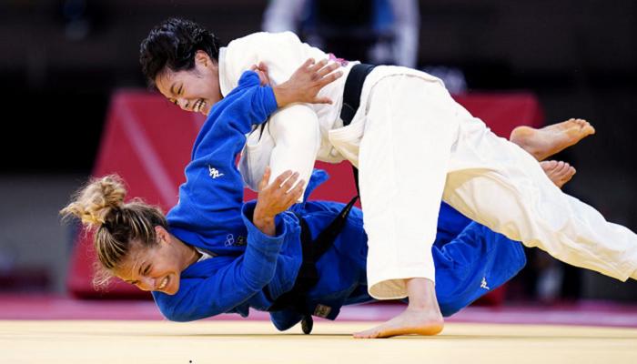 Уто Абэ выиграла золото Игр в соревнованиях дзюдоистов в категории до 52 киллограммов