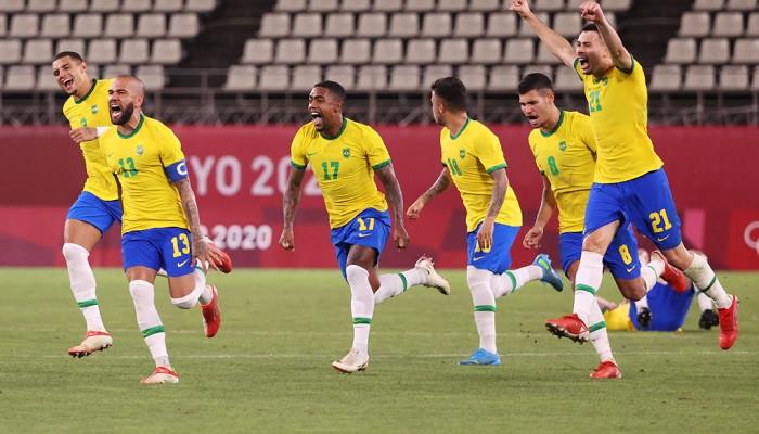 Бразилия в серии пенальти одолела Мексику и вышла в финал Олимпиады