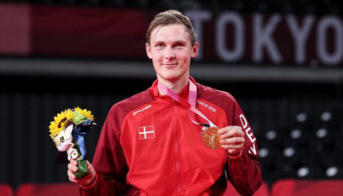 Датчанин Аксельсен — олимпийский чемпион по бадминтону