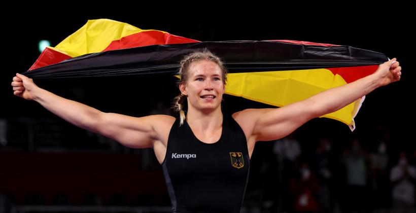 Немка Роттер-Фоккен выиграла золото Олимпиады в борьбе в весовой категории до 76 кг
