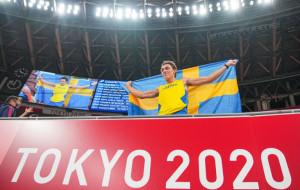Арман Дюплантис стал лучшим в прыжках с шестом на Олимпиаде в Токио