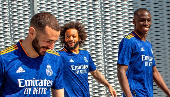Мадридский Реал презентовал комплект выездной формы на предстоящий сезон
