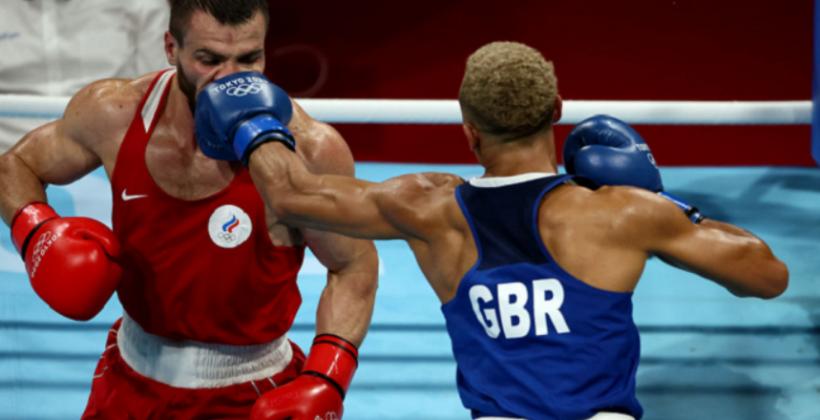 Эден Уолш и Имам Хатаев завоевали бронзовые награды олимпийском боксерском турнире