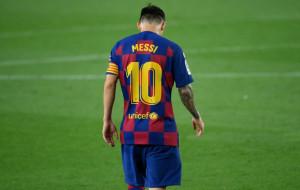 Без паники: Лионель Месси остается. Главная звезда современного футбола продолжит свою карьеру в Барселоне