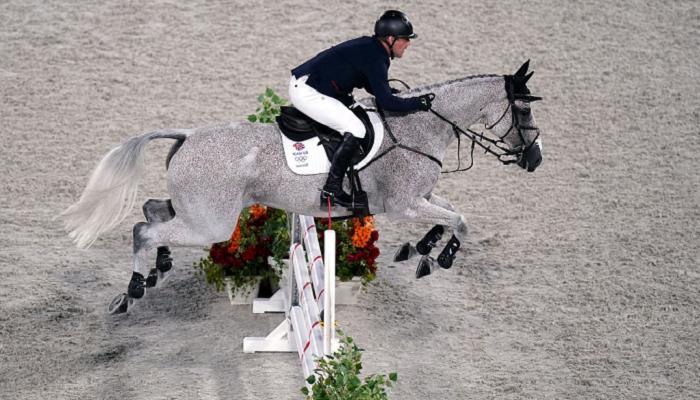 Сборная Великобритании завоевала золото на олимпийских соревнованиях по конкуру