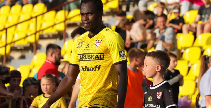 Дембо Дарбо получил вызов в национальную сборную Гамбии