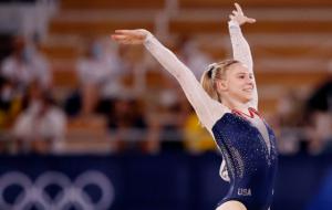 Джейд Кэри завоевала золото Олимпиады в вольных упражнениях