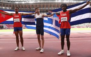 Милтиадис Тентоглу стал первым в олимпийских соревнованиях прыгунов в длину