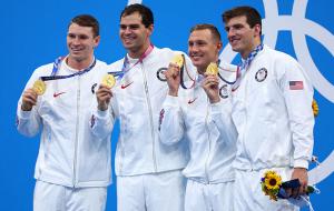 Сборная США выиграла эстафету 4х100 в комплексном плавании