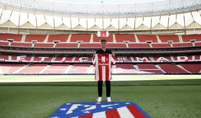Антуан Гризманн официально представлен игроком Атлетико