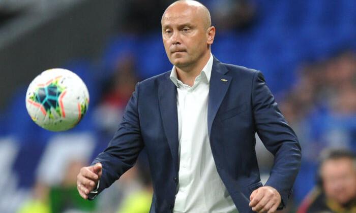 Главный тренер Ротора будет судиться с Facebook из-за фамилии