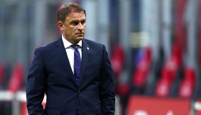 Леонардо Семпличи покинул пост главного тренера Кальяри