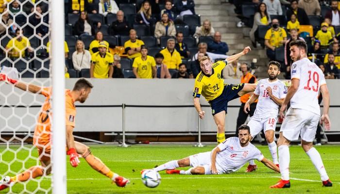 Испания сенсационно уступила Швеции в отборе на ЧМ-2022